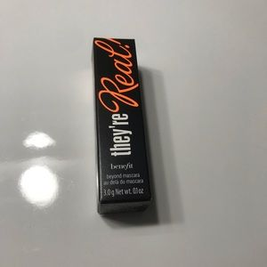 Benefit Mini They're Real Mascara